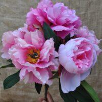 Bouquet di fiori artificiali
