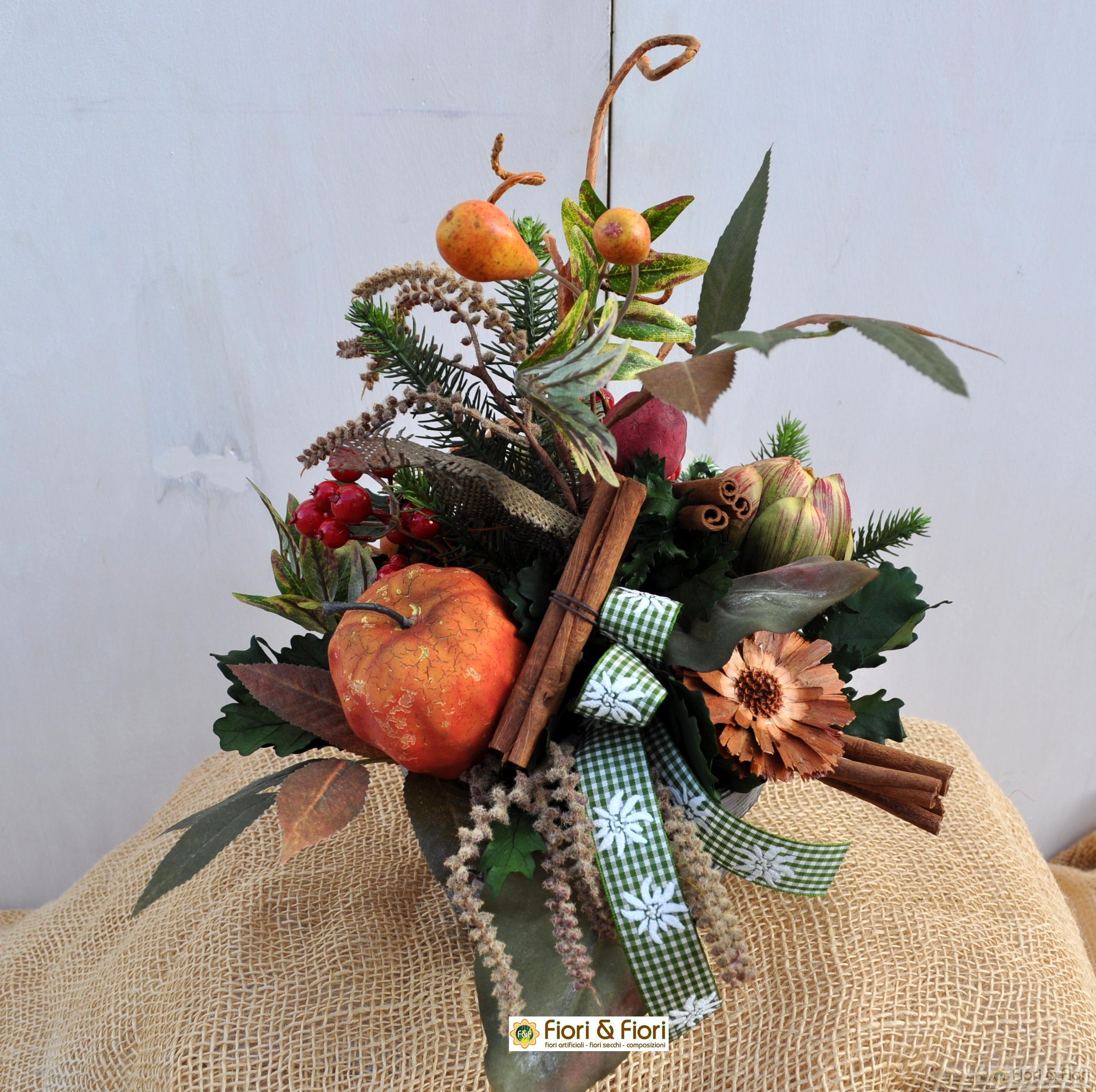 Composizione di fiori artificiali wintry - Centrotavola natalizi con fiori finti ...