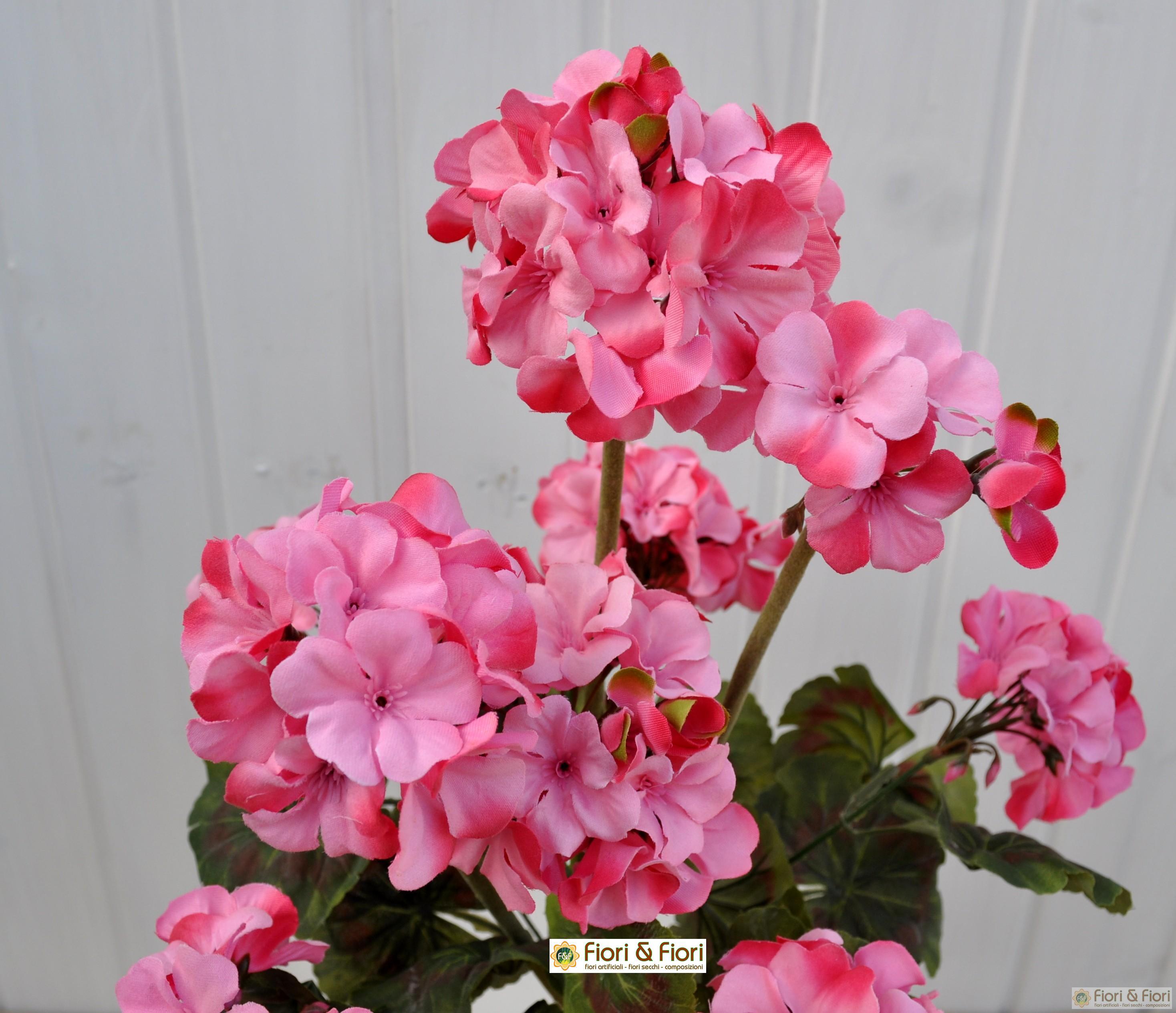 Pianta artificiale geranio zonale rosa per balconi o terrazzi for Rosa pianta