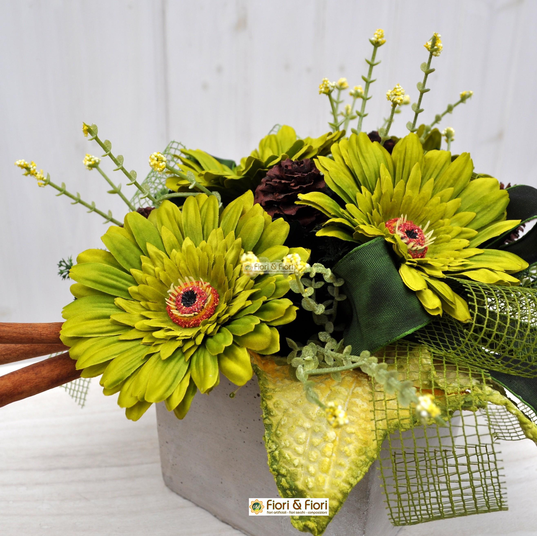 Composizione fiori artificiali per arredamenti floreali for Fiori artificiali