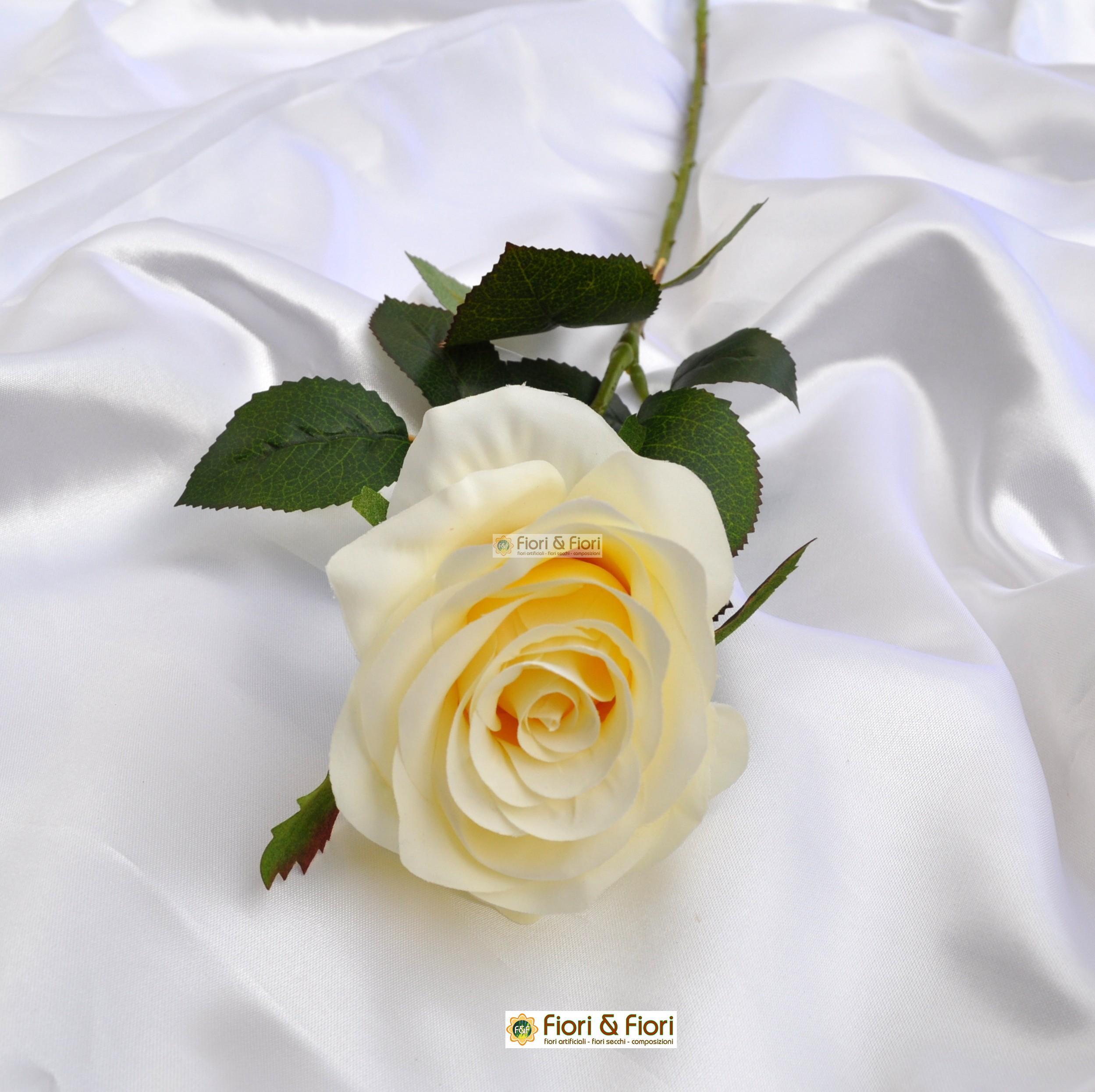Rosa artificiale