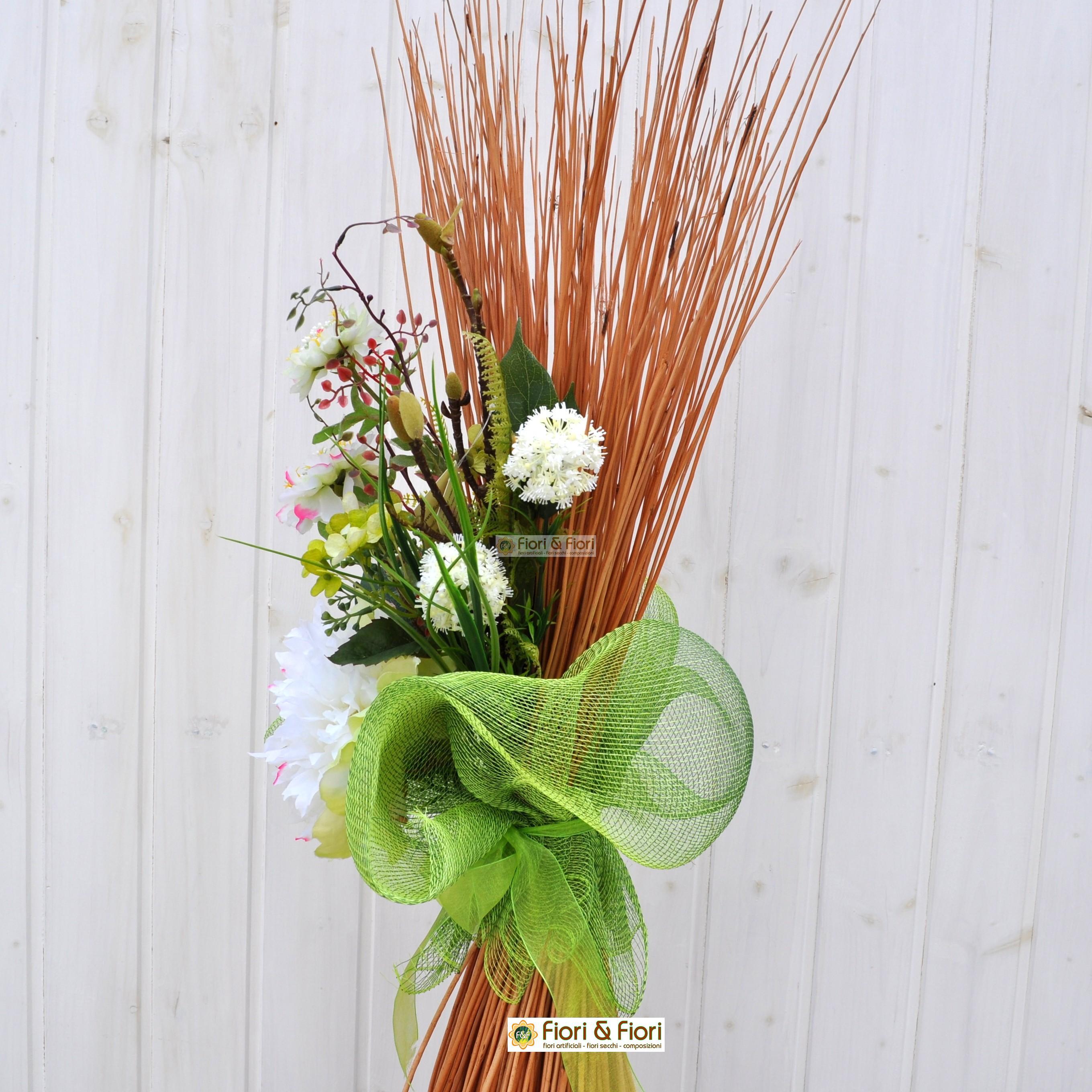 Composizione fiori artificiali fresh per allestimenti floreali for Composizioni fiori finti per arredamento