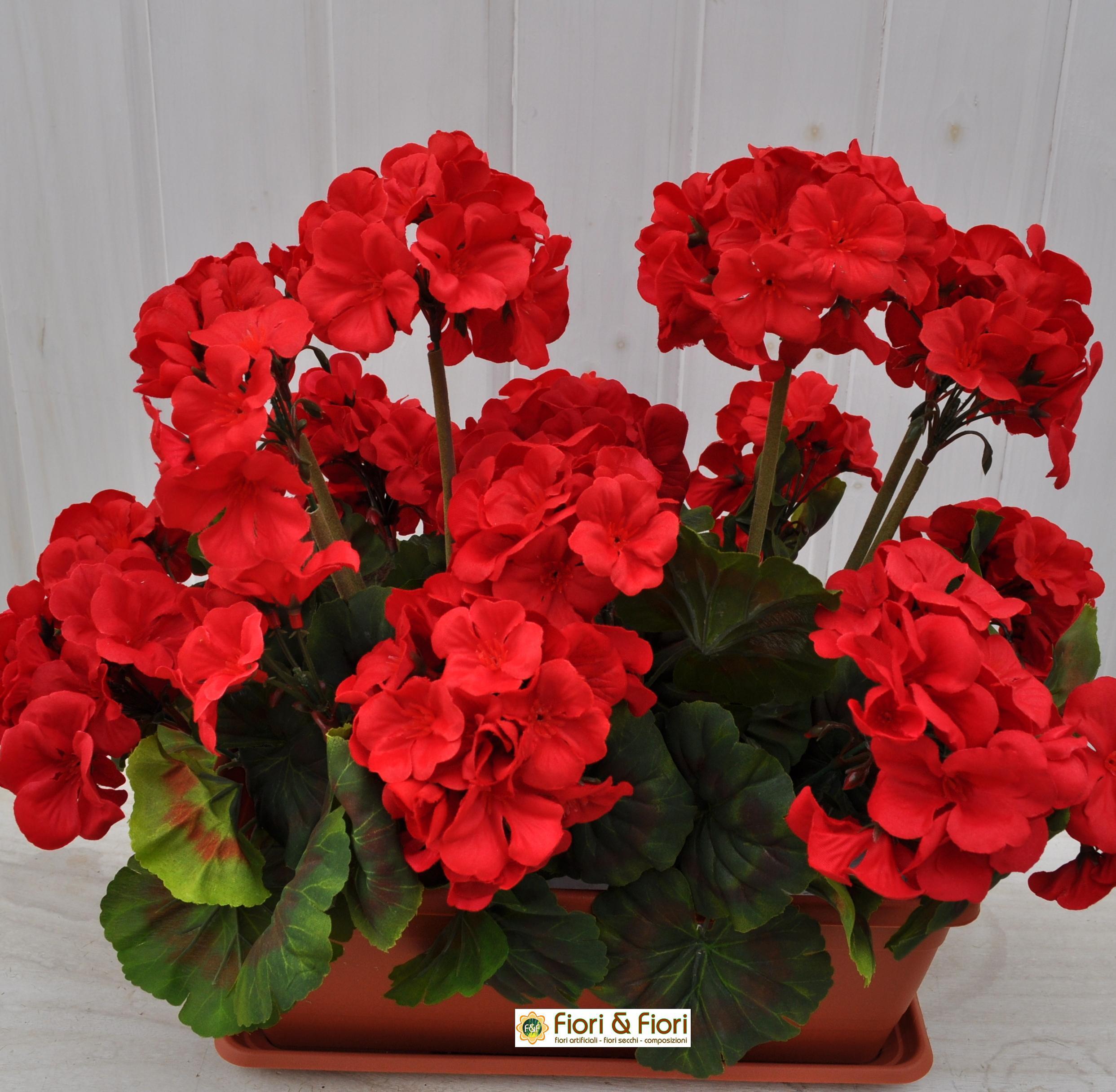 Composizione Vasi Da Balcone geranio artificiale balcone rosso